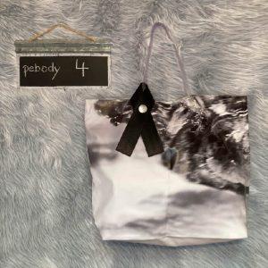"""Mit der pebody Upcycling Design Tasche, Modell """"Shopper"""", erhältst Du ein einzigartiges Unikat & unterstützt Nachhaltigkeit """"made in Germany"""""""