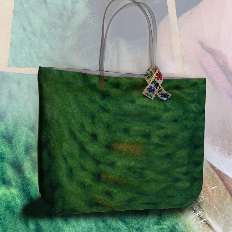 In meinem Shop findet Ihr nachhaltige pebody Upcycling Design Produkte, wie Taschen, Mäntel und Seidendecken made in Germany